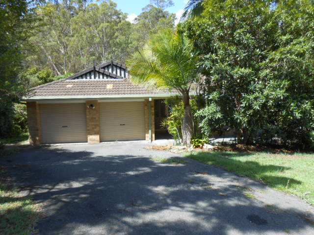 27 Hidden Valley Road, Bonogin, Qld 4213