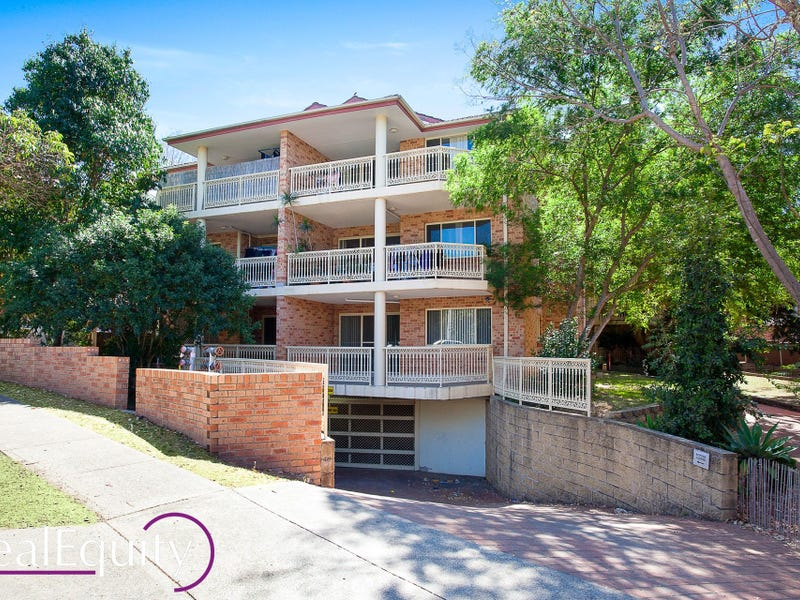 1/75 Cairds Avenue, Bankstown, NSW 2200