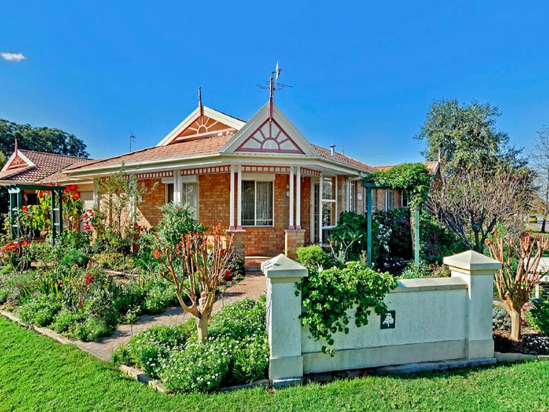 13 Woodbury Park Drive, Mardi, NSW 2259