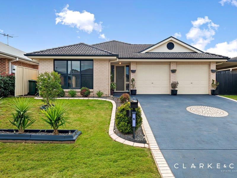 6 Strutt Crescent, Metford, NSW 2323