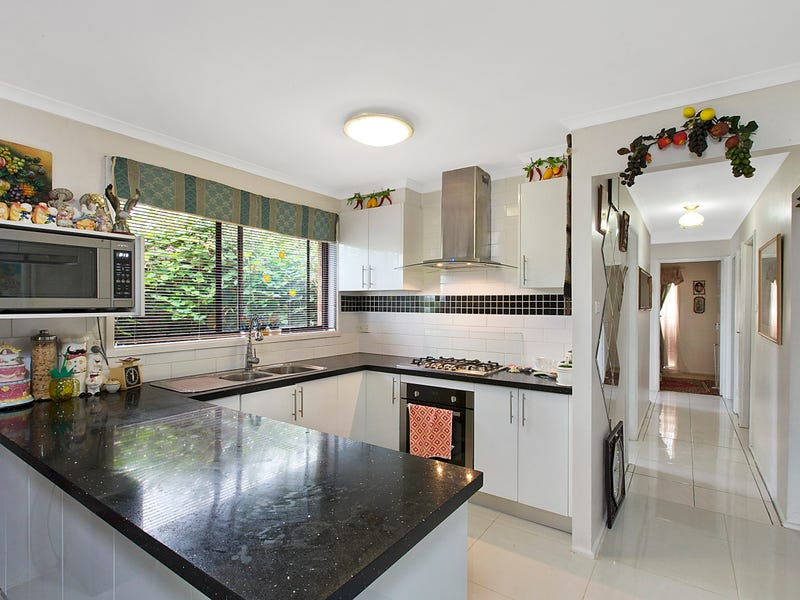 11 Aldinga Place, Claremont Meadows, NSW 2747