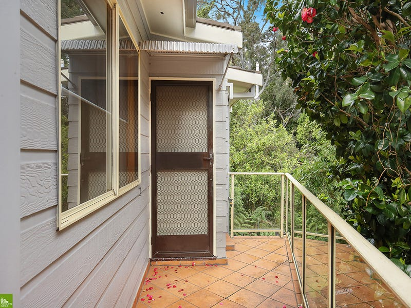 11A Rose Parade, Mount Pleasant, NSW 2519
