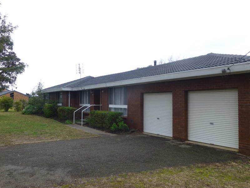 15 DOOLEY STREET, Wy Yung, Vic 3875