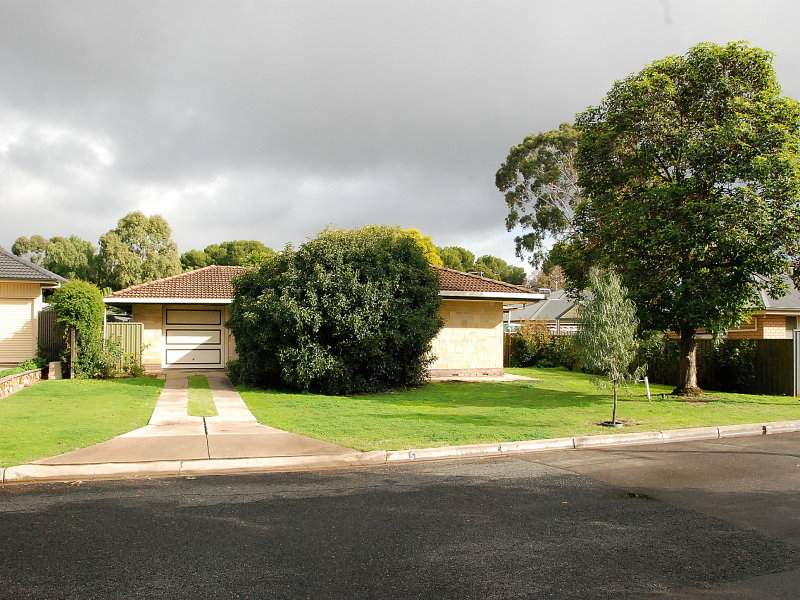 5 Pantowora Drive, Hope Valley, SA 5090