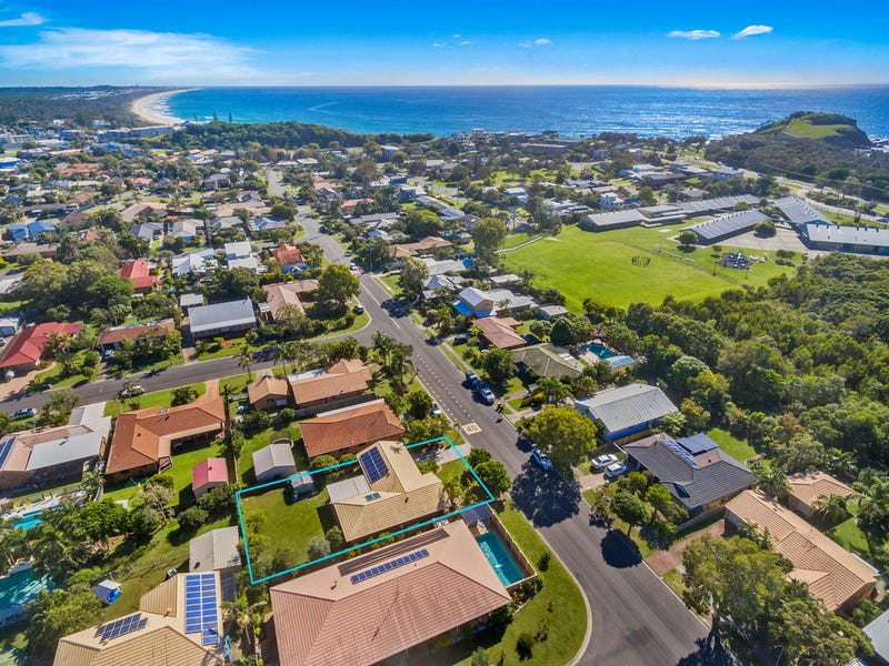 18 Ti Tree Avenue, Cabarita Beach, NSW 2488