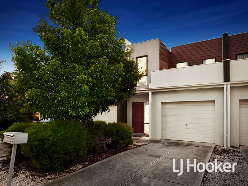 35/39 Astley Crescent, Point Cook, Vic 3030