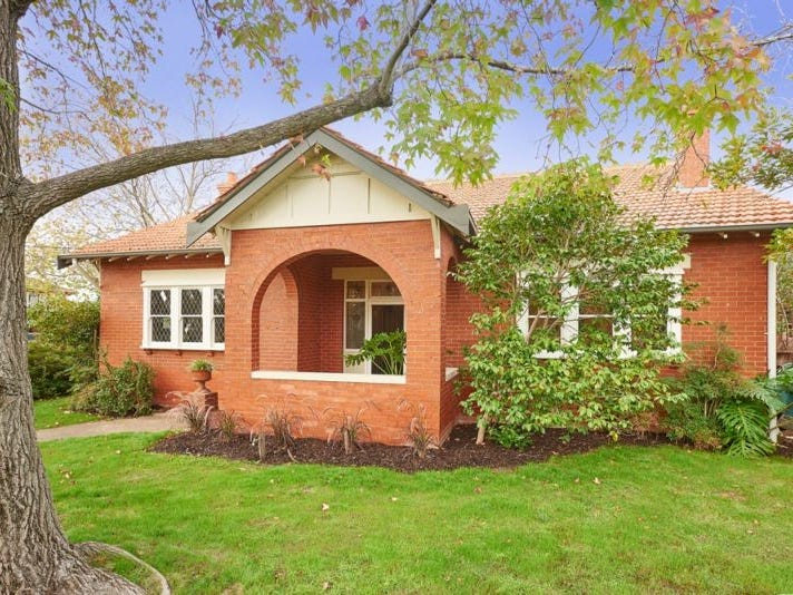 11 Frogmore Road, Carnegie, Vic 3163