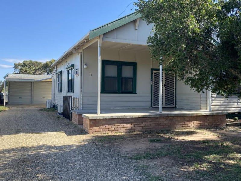 24 Momalong Street, Berrigan, NSW 2712