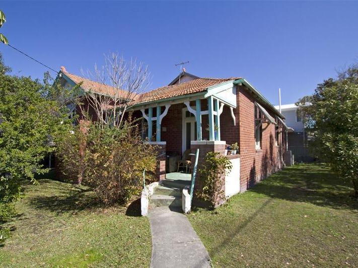 252 Lawson Street, Hamilton South, NSW 2303