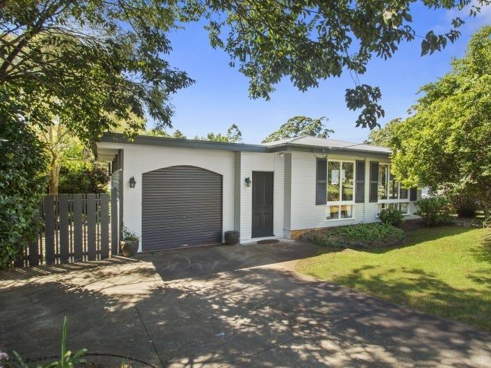 5 Ross Street, Mount Lofty, Qld 4350