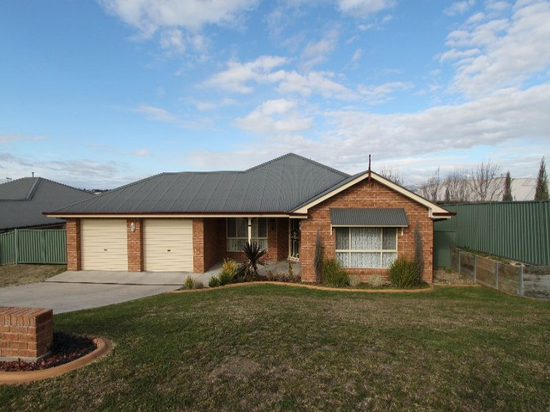 13 Musgrove Avenue, Kelso, NSW 2795