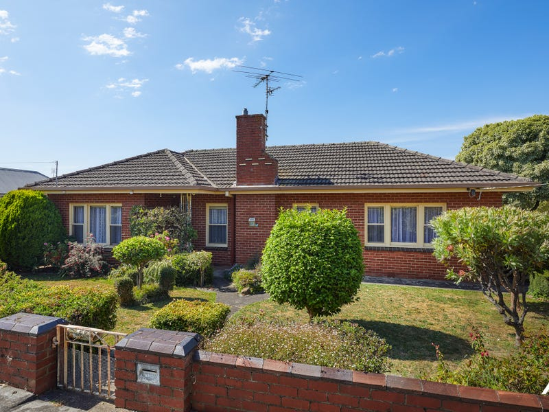 23 Young Street, Drouin, Vic 3818
