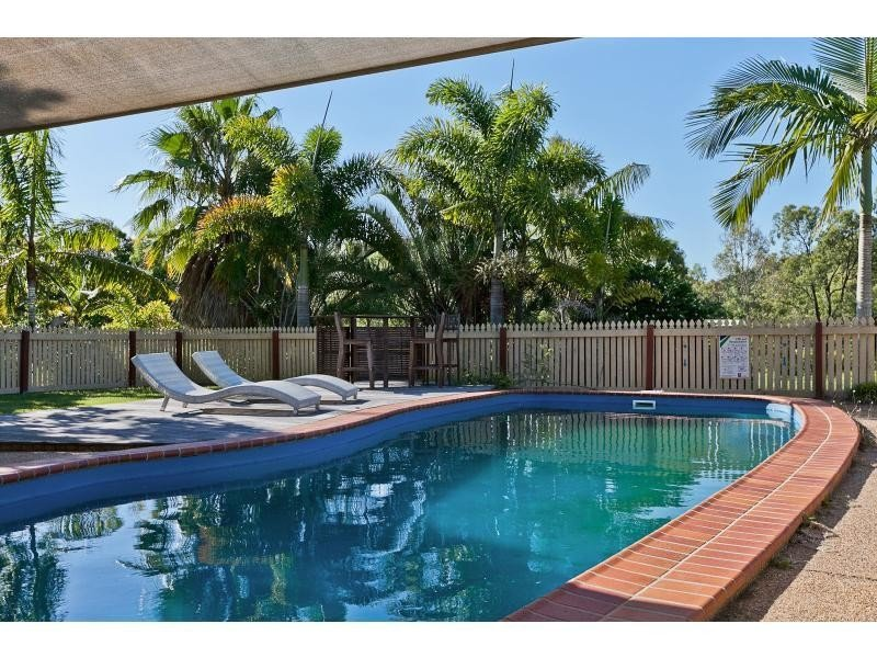 91 Barmoya Road, The Caves, Qld 4702