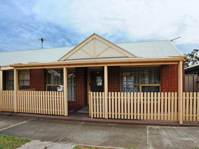 4/17 LEADENHALL STREET, Port Adelaide, SA 5015