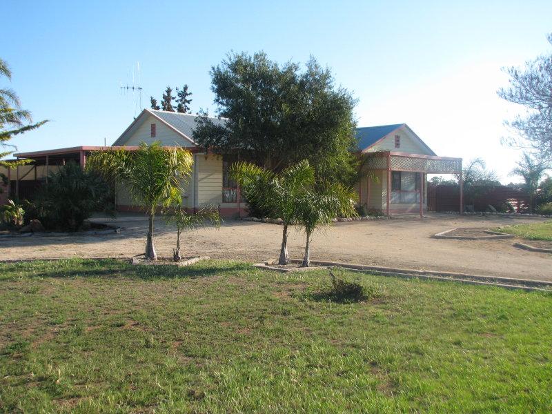 16990 Sturt Highway, Cobdogla, SA 5346