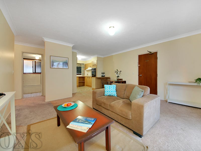 1/209 Scarborough Street, Southport, Qld 4215