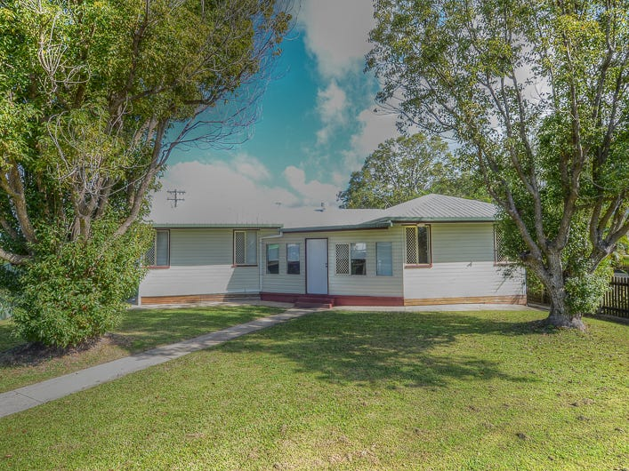17 Valley Street, North Mackay, Qld 4740