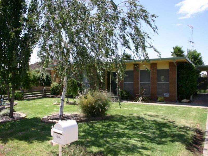 21 Mellor Grove, Swan Hill, Vic 3585