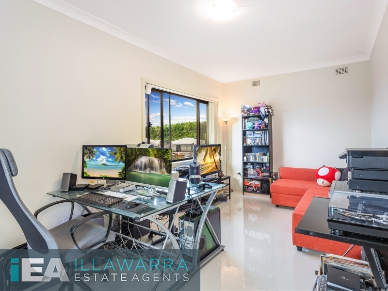 2/8 Miller Street, Coniston, NSW 2500