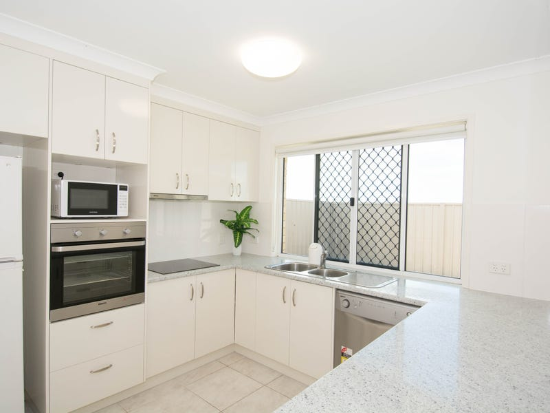 14/148 McCarthy Road, Avenell Heights