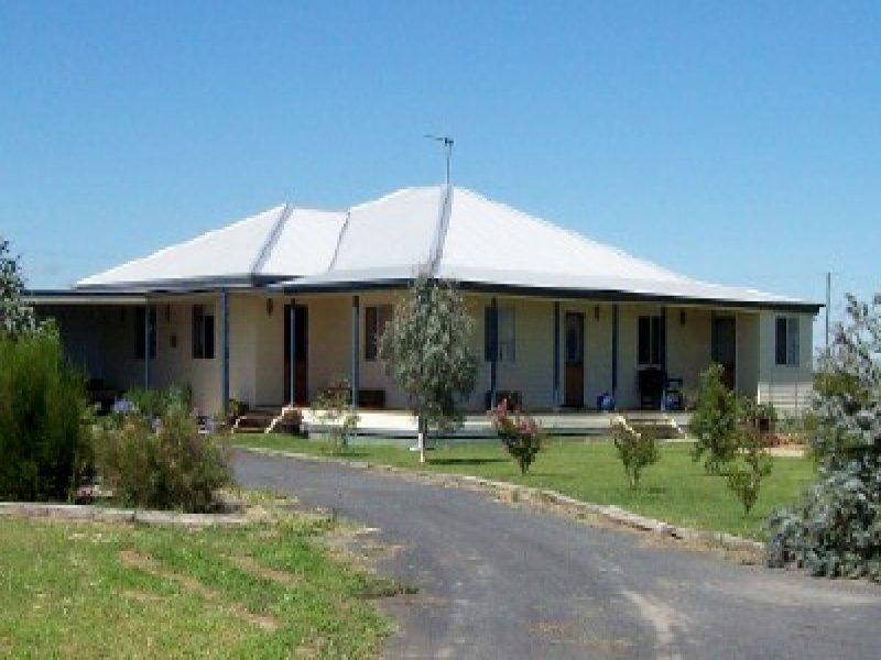 151 Wilga Street, Coonamble, NSW 2829