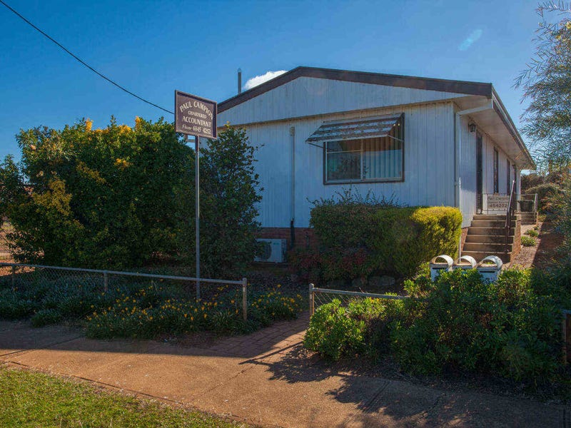 8 Bank Street, Wellington, NSW 2820