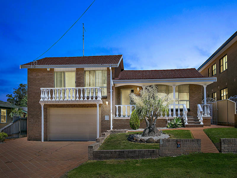 18 Grose Avenue, Barrack Heights, NSW 2528