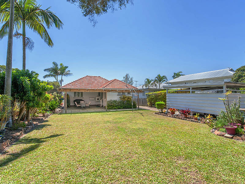 59 Camelia St, Cannon Hill, Qld 4170