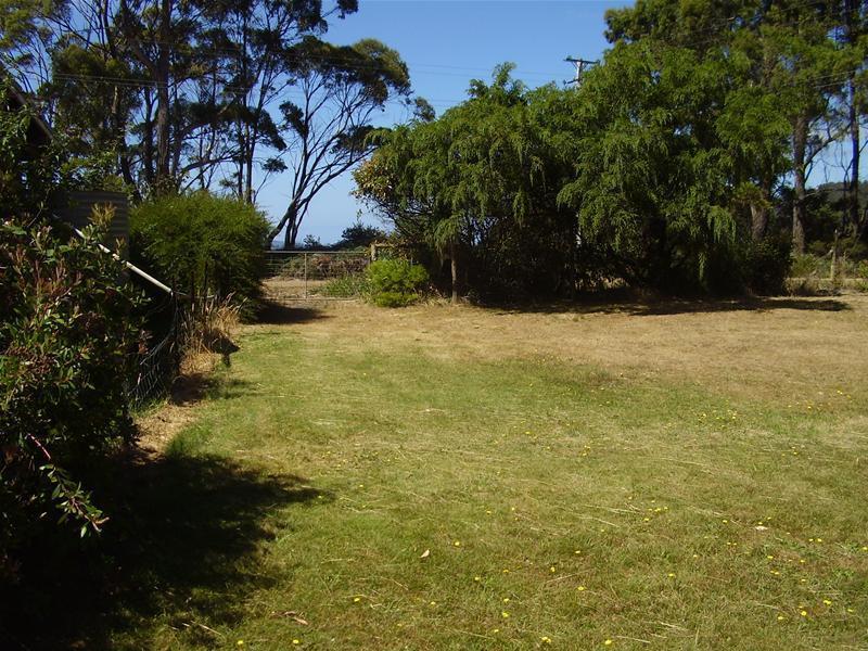 21 Big Roaring Beach Road, Surveyors Bay, Tas 7116