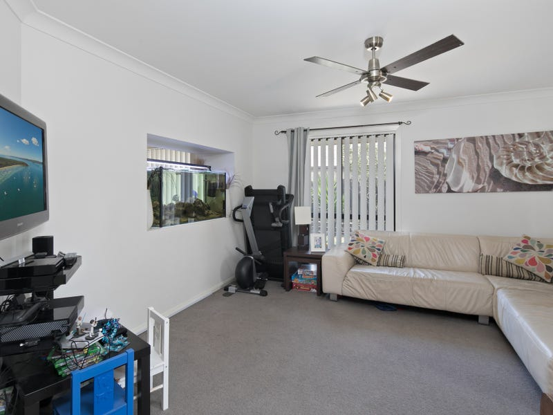 11 Creswick Close, Manly West, Qld 4179