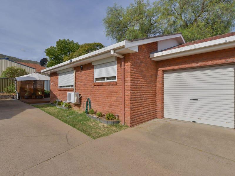 2/168 Carthage Street, Tamworth, NSW 2340