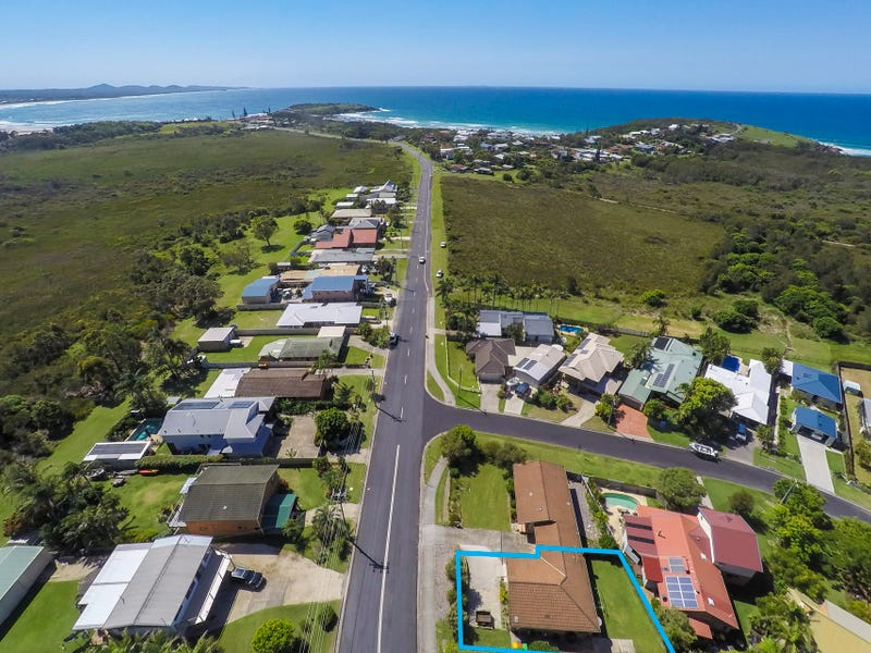 2/38 Arrawarra Road, Arrawarra Headland, NSW 2456