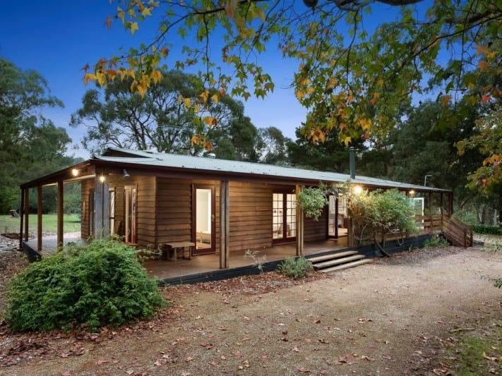 61 Oxley Road, Kangaroo Ground, Vic 3097