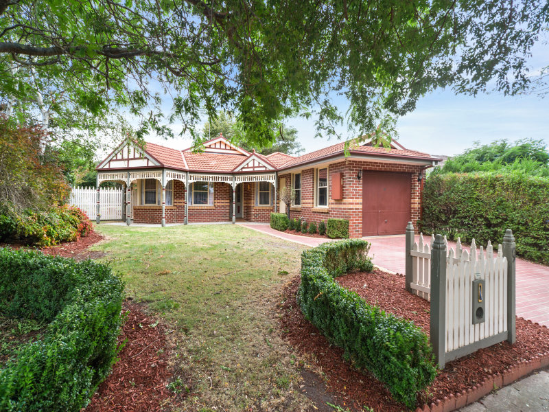 9 Confait Court, Berwick, Vic 3806