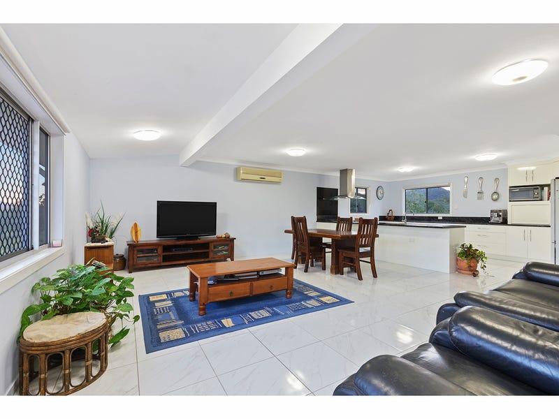 765 Keppel Sands Road, Coowonga, Qld 4702