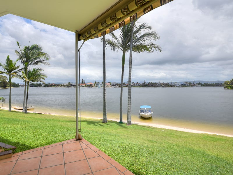 4/29 Duet Drive, Mermaid Waters, Qld 4218