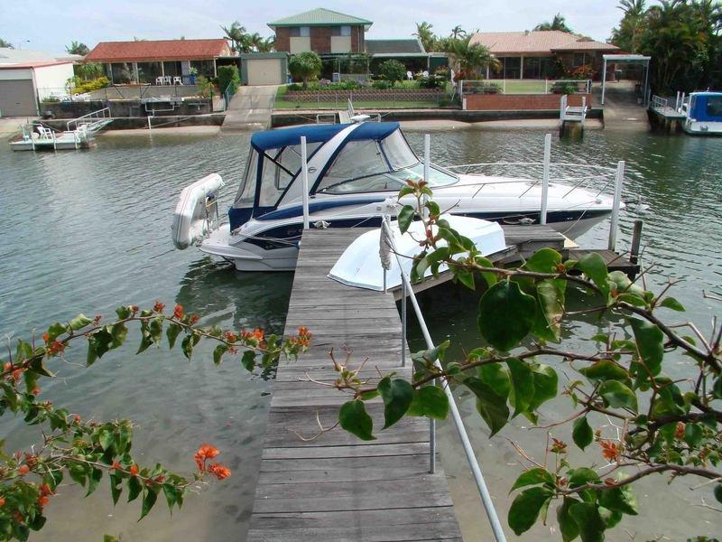 7 Nautilus Place, Runaway Bay, Qld 4216