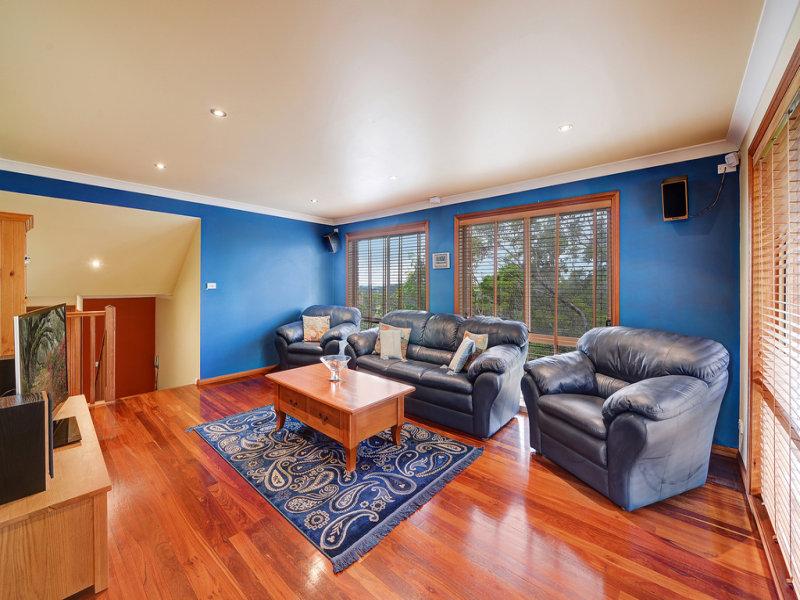 11 St Helens Avenue, Mount Kuring-Gai, NSW 2080