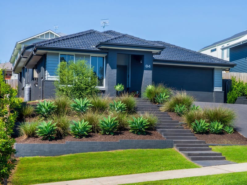 84 Parker Crescent, Berry, NSW 2535