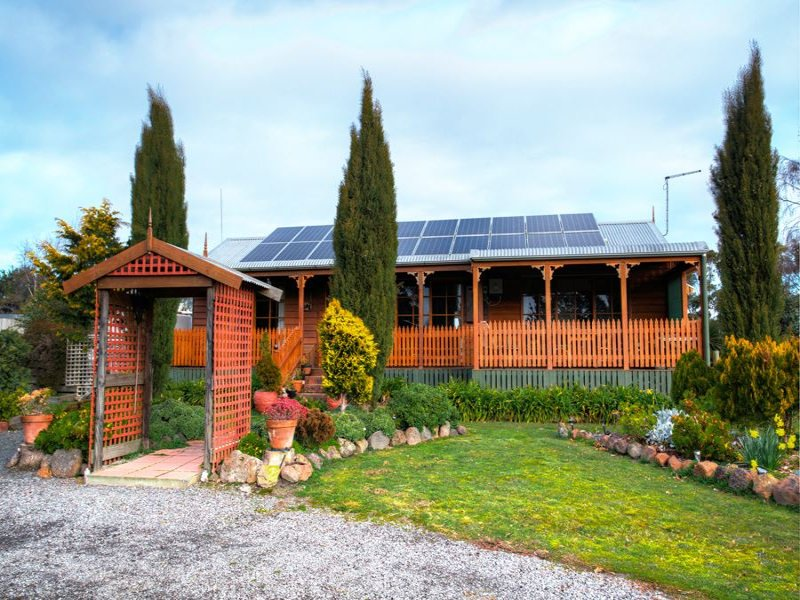 399 State Forest Road, Ross Creek, Vic 3351