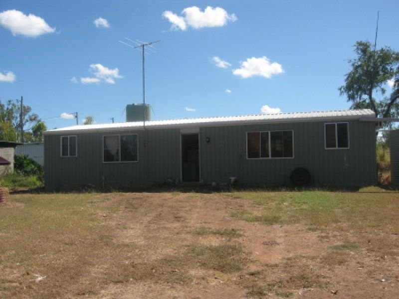 1 Great Britain Road, Southern Cross, Qld 4820