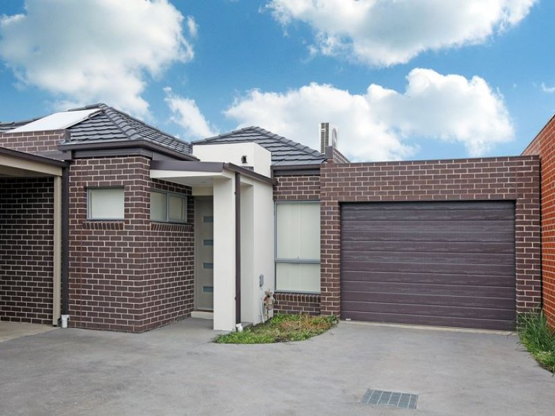 2/10 Hermione Terrace, Epping, Vic 3076