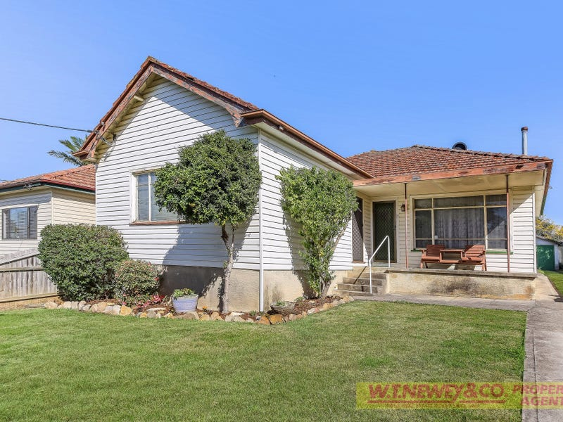 13 Clarence Street, Condell Park, NSW 2200