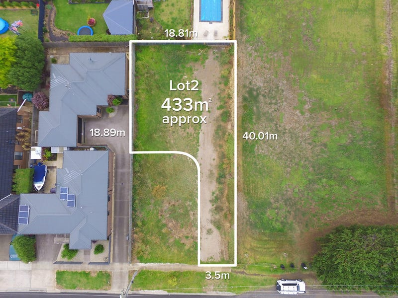 2/21 Ghazeepore Road, Waurn Ponds, Vic 3216