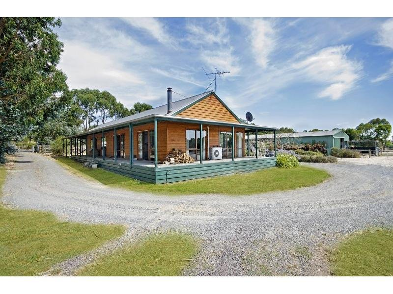 25 Lakeside Drive, Gherang, Vic 3240