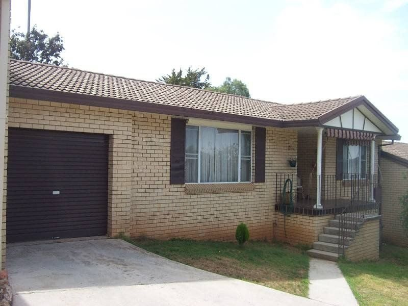 3 Nea Stret, Young, NSW 2594