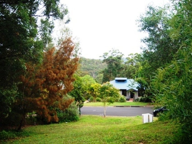 12 Forest Drive, Elanora, Qld 4221