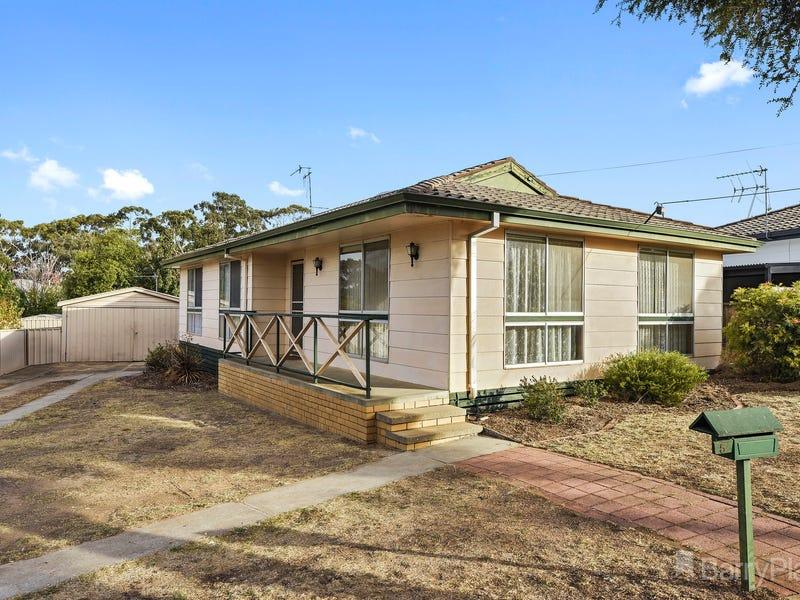5 Waugh Street, Kangaroo Flat, Vic 3555