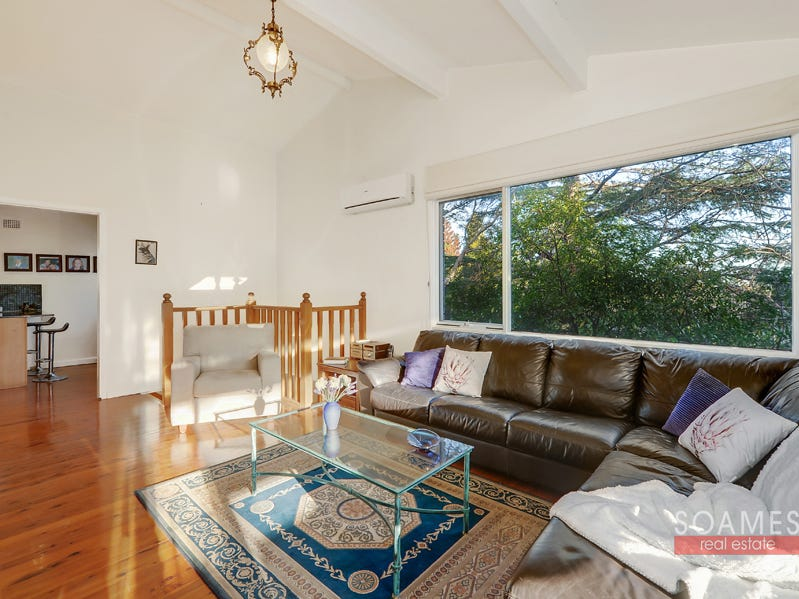 39 McKay Road, Hornsby Heights, NSW 2077
