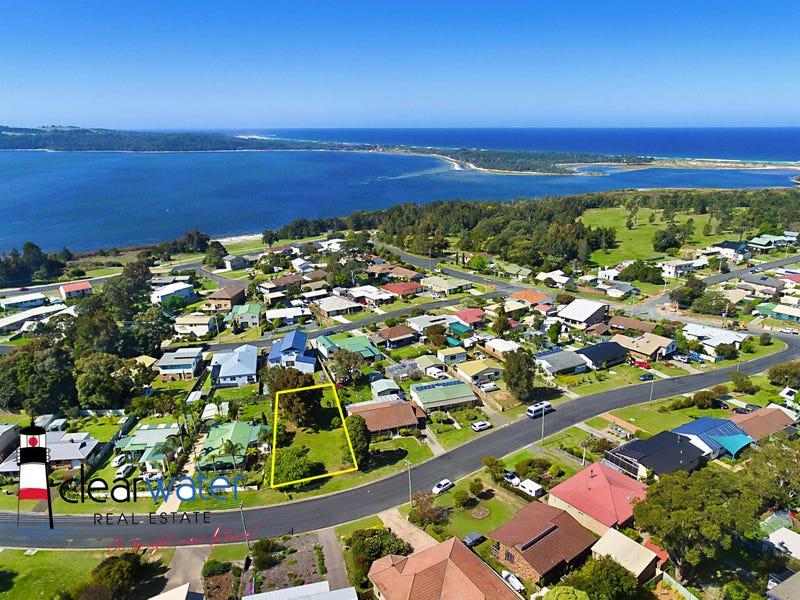 26 Gould St, Tuross Head, NSW 2537